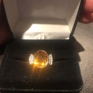 Jewelry - Solid 14k white gold and diamond 4ct citrine ring